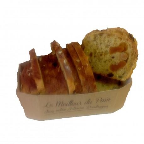 Le pain Mais abricot noix