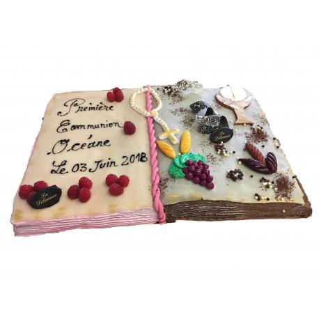 Le Gâteau en livre pour la communion